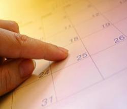 finger-with-calendar